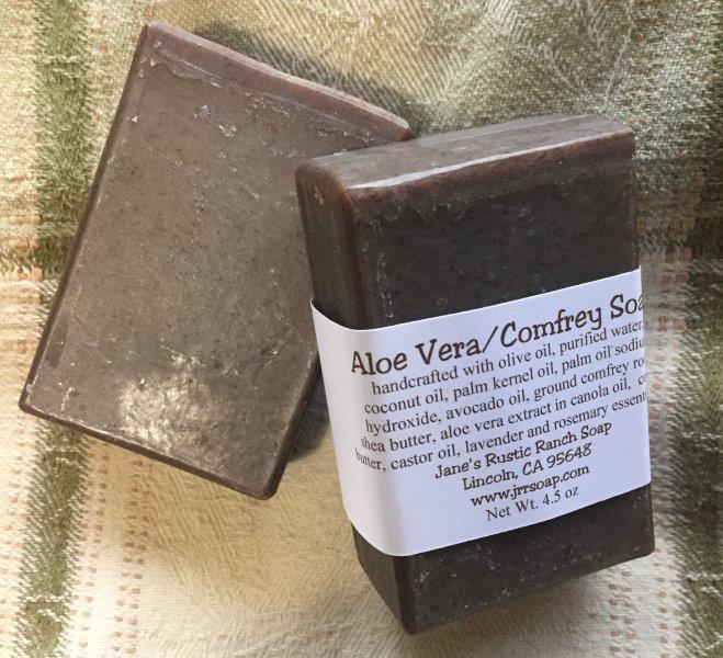 Aloe Vera & Comfrey Root